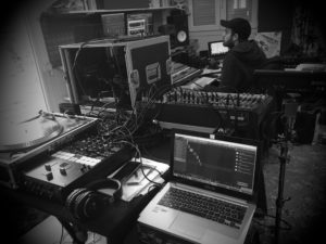 Studio Scratchattic - Davio au contrôle